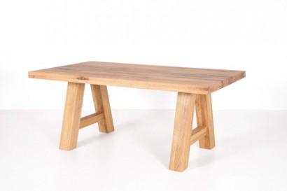 Standart Lynn étkezőasztal, több méretben - tömörfa